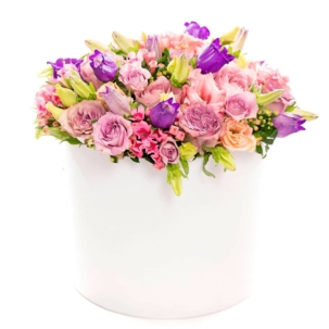 """Цветы в коробке """"Яркий праздник"""""""